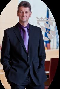 Foto: Initiator des Münchner FREIE WÄHLER Wirtschaftsforums: Prof. Dr. Michael Piazolo, Münchner Landtagsabgeordneter der FREIEN WÄHLER Bayern